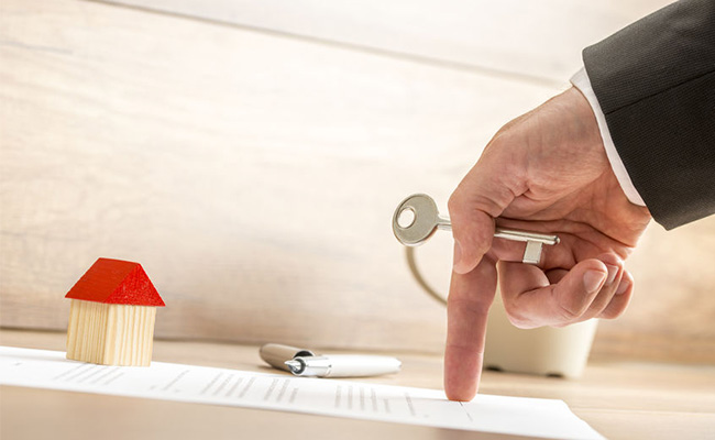 Huissier 75 : Confinement, déménagement et état des lieux, comment procéder ?